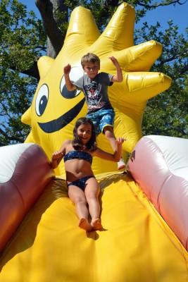 jeux gonflables géants parc de loisirs la baule parcofolies