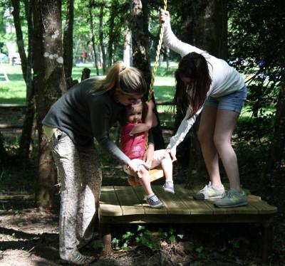 tyrolienne pour les petits Parcofolies parc de jeux