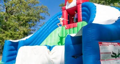 grand saut gonflable géant parcofolies