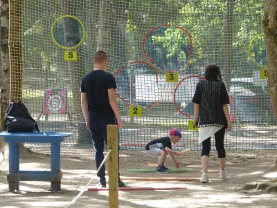 Activité frisbee pour les petits et les grands à Parcofolies