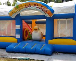 La mouette à la plage jeu gonflable Parcofolies la baule
