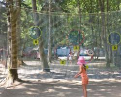activité enfant frisbee Parcofolies Parc de jeux